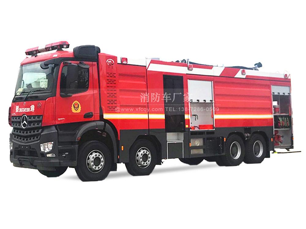 奔驰18吨大型消防车